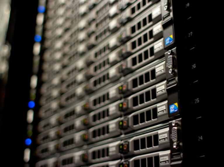 servidor bsico ideal para pequenas empresas e escritrios remotos
